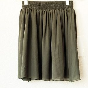 Green Chiffon Skirt American Apparel XS